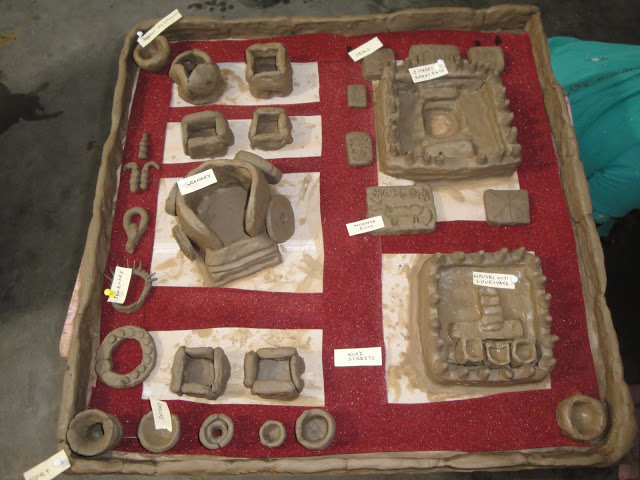 harappan civilisaton Decline of the harappan civilization - was it because of aryans' invasion or natural disaster that the harappan civilization got declined find out the possible reasons for the decline of the indus valley civilization.